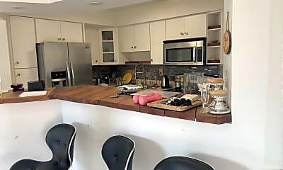 Kitchen, 1601 NE 185th St, 1
