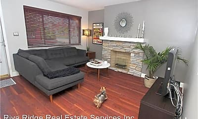 Living Room, 2305 Sidney St, 1