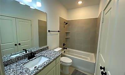 Bathroom, 1050 Marian Dr, 2