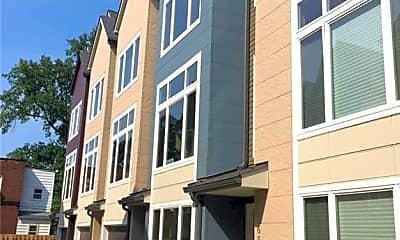 Building, 1573 E 118th St, 0
