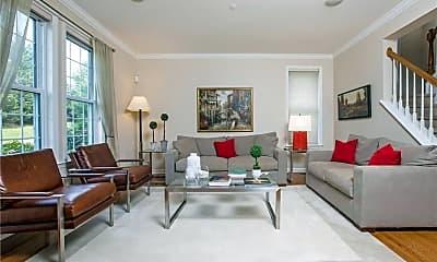 Living Room, 23 High Point Cir, 1