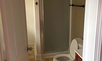 Bathroom, 562 E High St, 2