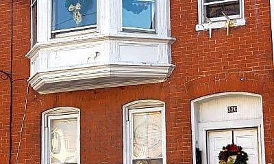 326 W Philadelphia St, 2