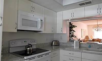 Kitchen, 9300 Clubside Cir 1206, 1