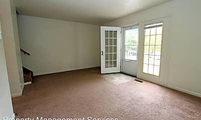 Living Room, 813 W Wilden Ave, 1