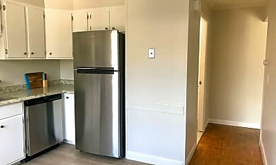 Kitchen, 250 Smithfield Rd, 1