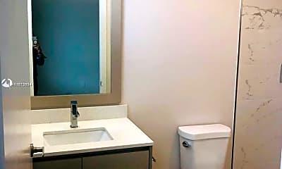 Bathroom, 2505 NE 193rd St 4206, 1