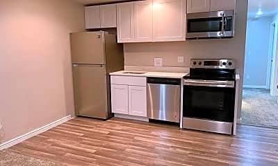 Kitchen, 1102 E 3325 N, 1