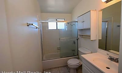 Bathroom, 2670 Victoria Ave, 1