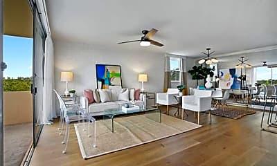 Living Room, 2511 St Charles Ave 500, 1