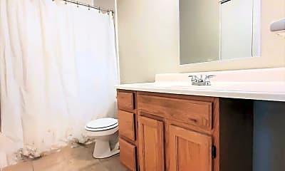 Bathroom, 5808 Layton St, 2