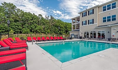 Pool, Copper Beech at Ames-Per Bed Lease, 0