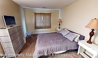 Bedroom, 3 27th St, 2