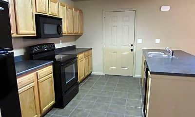 Kitchen, 16583 Hunters Ridge Ln, 1