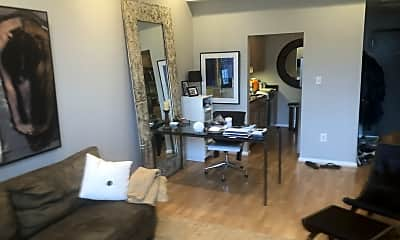 Living Room, 1011 Hunter St, 1