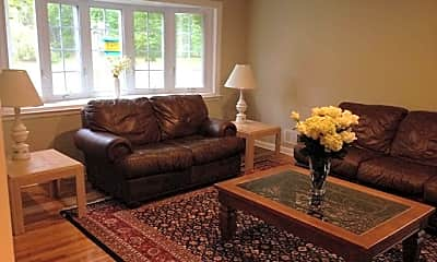 Living Room, 525 Lynn St, 0