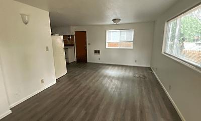 Living Room, 636 F St, 0