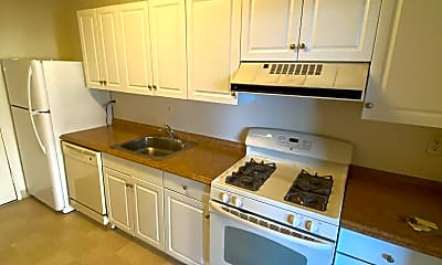 Kitchen, 4141 N Henderson Rd 704, 1