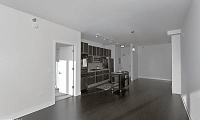 Living Room, 672 W Wayman St, 1