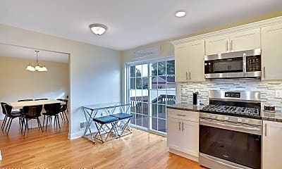 Kitchen, 132 Chelton Ave, 1