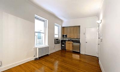 Living Room, 213 E 66th St, 0