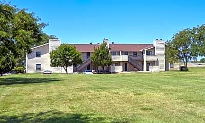 Eagle Creek Apartments, 1