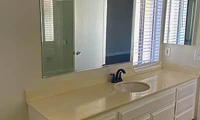Bathroom, 3318 Darby St, 2