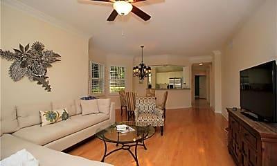 Living Room, 2449 Ravenna Blvd 102, 1