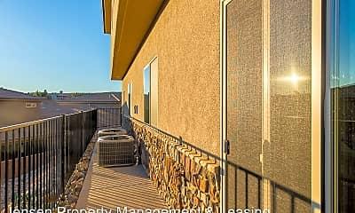 Patio / Deck, 370 W Buena Vista Blvd, 2
