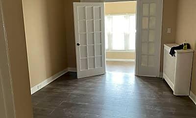 Living Room, 1810 W Ruscomb St, 0