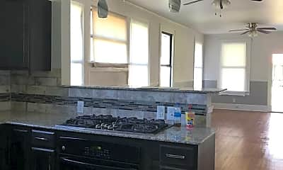 Kitchen, 203 E Rutherford St, 2