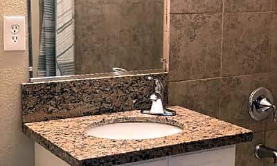 Bathroom, 350 Circuit Dr, 2