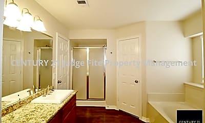 Master Bathroom, 6202 Donna Drive, 2