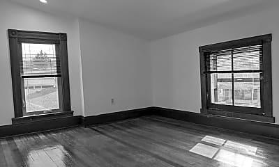 Living Room, 2219 Scott Blvd, 2