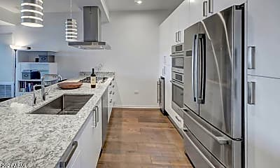 Kitchen, 7120 E Kierland Blvd 913, 1