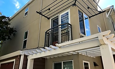 Arroyo Point Apartments, 2