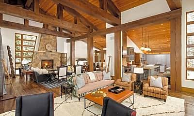 Living Room, 386 Pfister Dr, 1