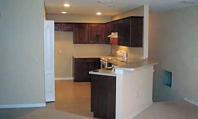 Kitchen, 3991 Pemberly Pines Cir, 1