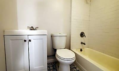 Bathroom, 45 Stevens Ave, 2