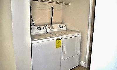 Bathroom, 5635 Fox Hollow Dr, 2