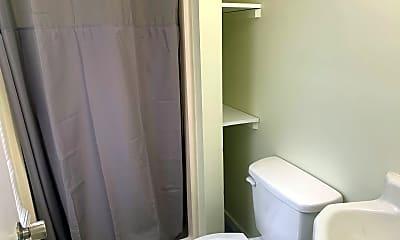 Bathroom, 5121 Randall Ave, 2