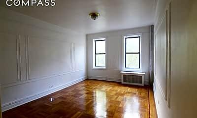 Living Room, 66 St Nicholas Pl 35-A, 0