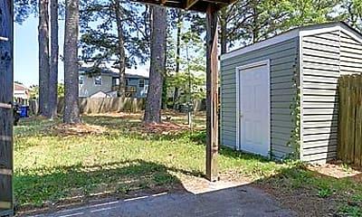back yard.jpg, 5975 Edgelake Dr, 2