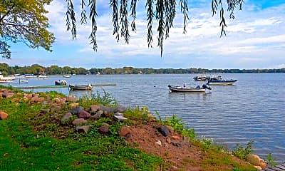 Lake, North Shore Apartments, 0