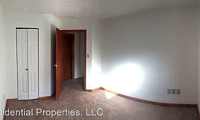 Bedroom, 1000 Evergreen Rd, 2