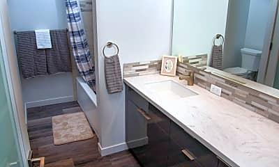 Bathroom, 1224 W Riverside Ave, 2