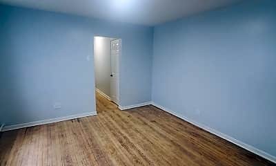Living Room, 943 E 213th St, 1