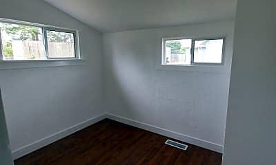 Bedroom, 7118 S Tyler St, 2
