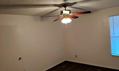 Bedroom, 650 W Poplar St, 1