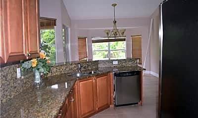 Kitchen, 3103 6th St SW, 2